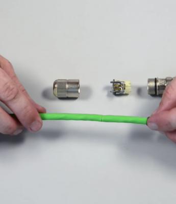 Rundsteckverbinder STX M12x1 IP67 X-kodiert Cat.6A anschließen | Telegärtner